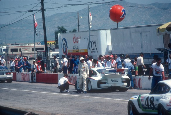 Brumos Porsche 935, Riverside raceway ,pits_Apr79