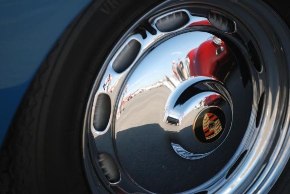 Porsche 356_hubcap reflections_Rennsport Reunion 4_10/15/11