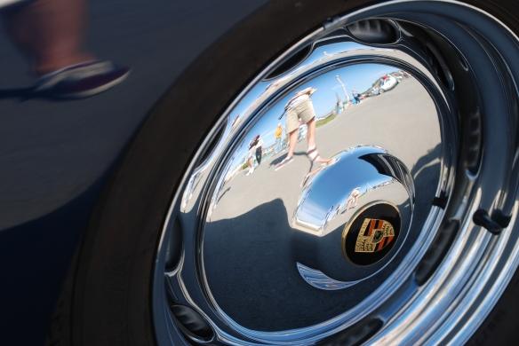 Porsche 356_ hubcap reflections_Rennsport Reunion 4_10/15/11