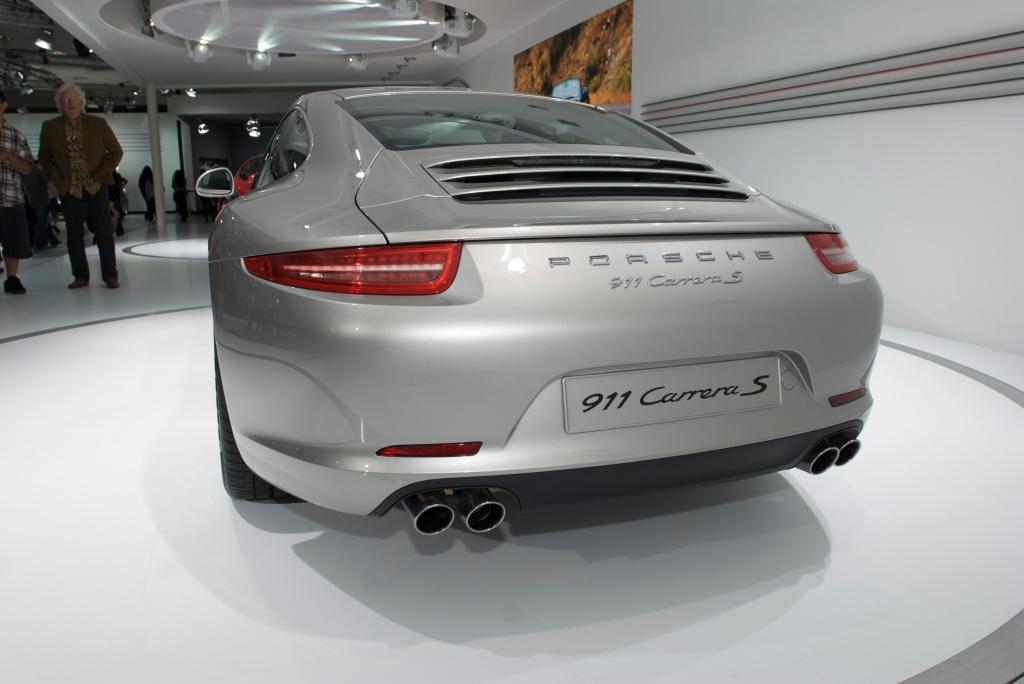 2012 Porsche 911 Carrera S (type 991)_L.A. Auto Show 2011