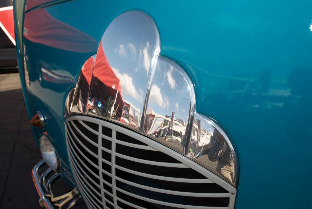 Deco Liner grill_The SEMA Show 2011_11/4/11