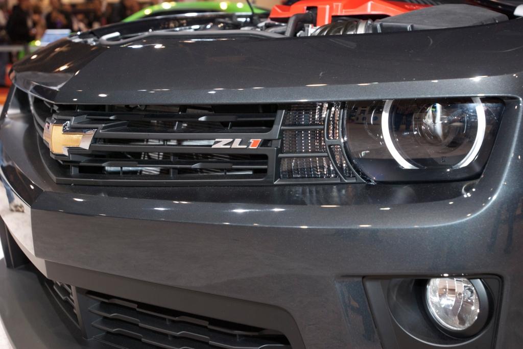 Camaro ZL 1_Chevy display_The SEMA Show 2011_11/4/11