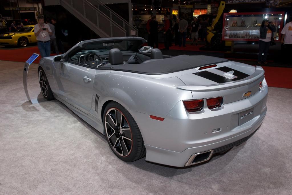 2012 Camaro convertible_chevy display_The SEMA Show 2011_11/4/11