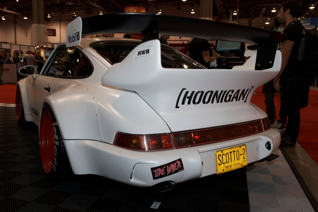 RAUH-WELT Porsche 964_hoonigan_Mobil 1 display_The SEMA Show 2011_11/4/11