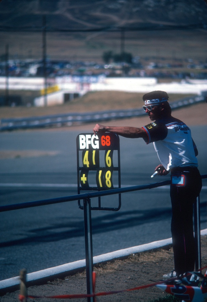 #68_BF Goodrich Porsche 962_pit board_Riverside Raceway_April 1985