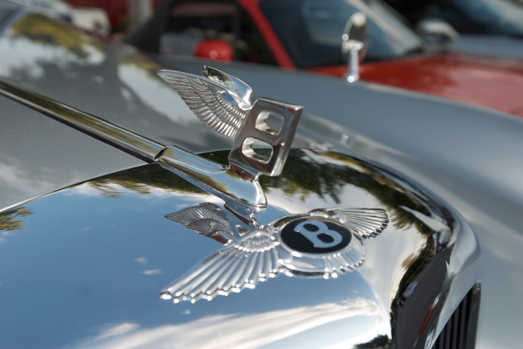 Silver Bentley cabriolet_ hood ornament_Cars&Coffee/Irvine_12/17/11