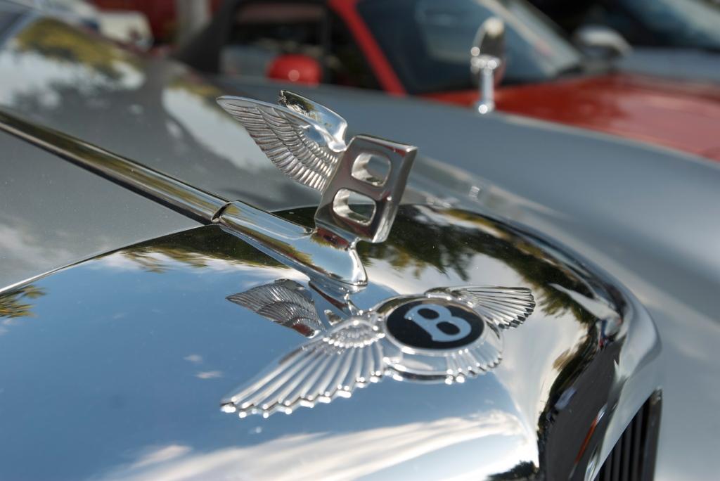 Silver Bentley cabriolet_ hood ornament_Cars&Coffee/Irvine_12/17/11
