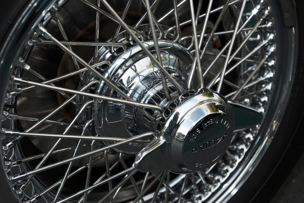Green Jaguar XK 150 roadster_ wire wheel_Cars&Coffee/Irvine_12/17/11