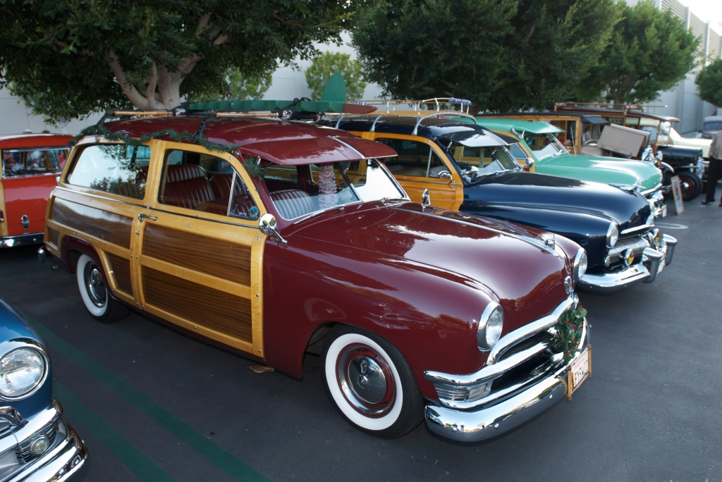 Woody Club_ Ford_Cars&Coffee/Irvine_12/3/11