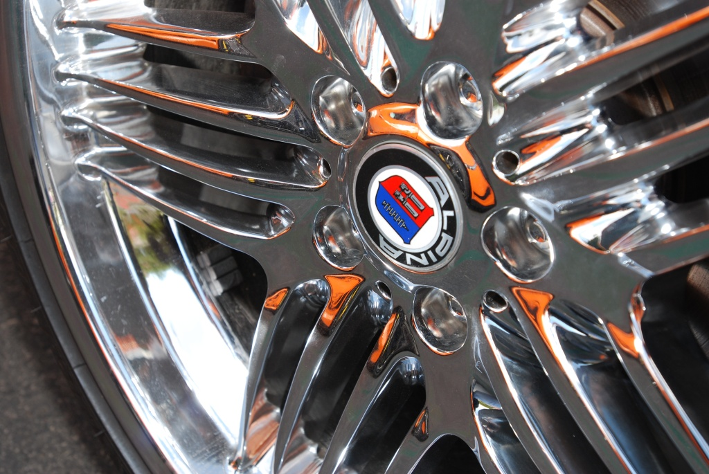 BMW Z8 roadster w/Alpina wheel and orange Porsche GT3RS reflection_Cars&Coffee/Irvine_2011
