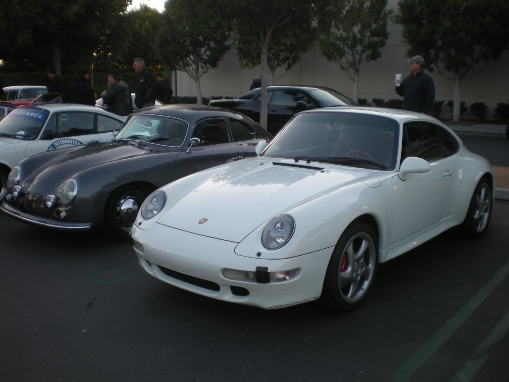 White Porsche 993 Carrera 4S_Cars&Coffee/ Irvine_12/10/11