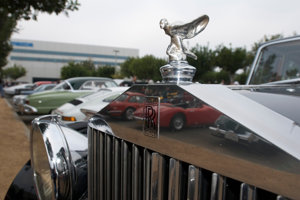 Black Rolls Royce_radiator cap emblem w/ Healey reflections_Cars&Coffee/Irvine_1/7/12