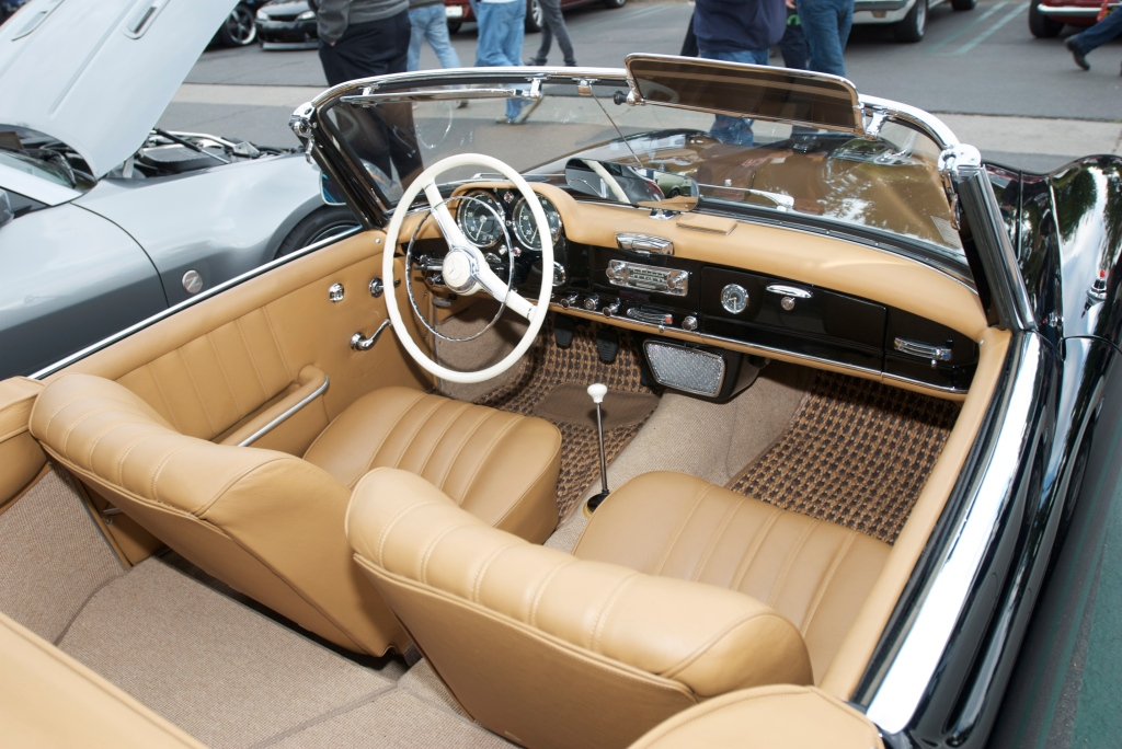 Black on tan_Mercedes Benz 190 SL roadster_Interior_Cars&Coffee/Irvine_1/14/12