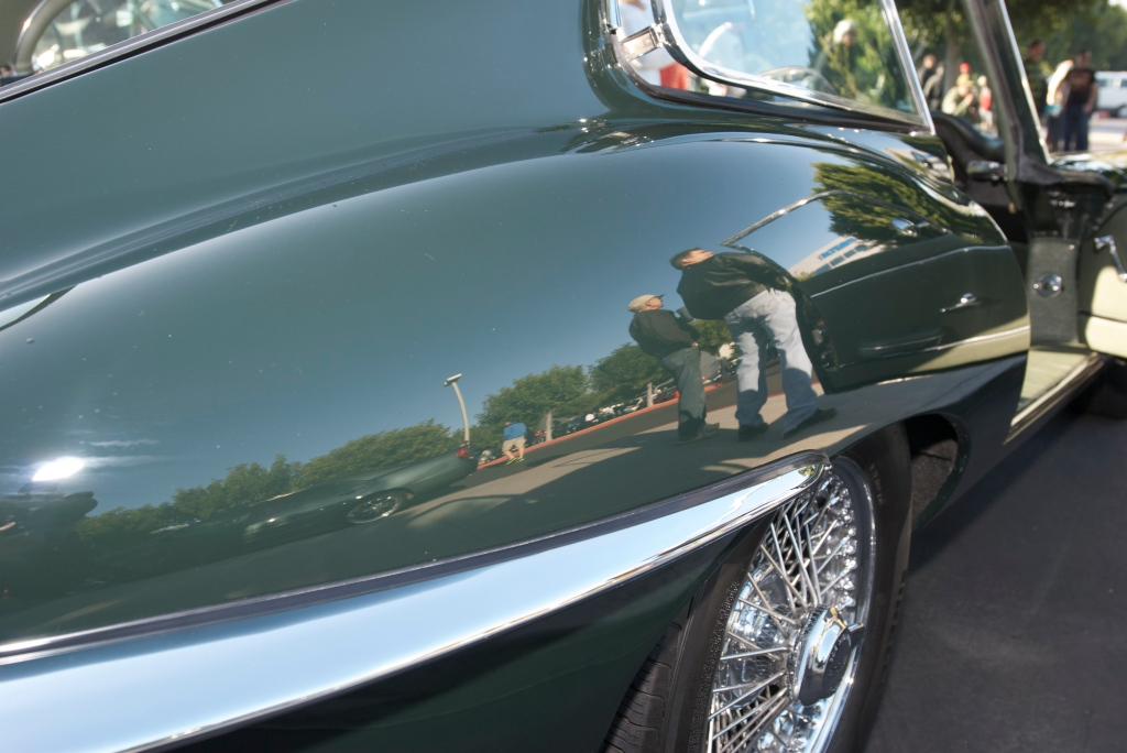 Jaguar E type 4.2 coupe_fender reflection_Cars&Coffee/Irvine_12/31/11