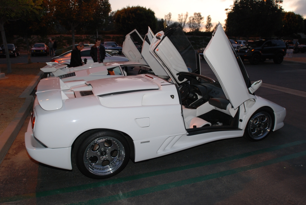 2 White Lamborghinis_Diablo VT roadster and Countach 5000 S_Cars&Coffee/Irvine_2/18/12