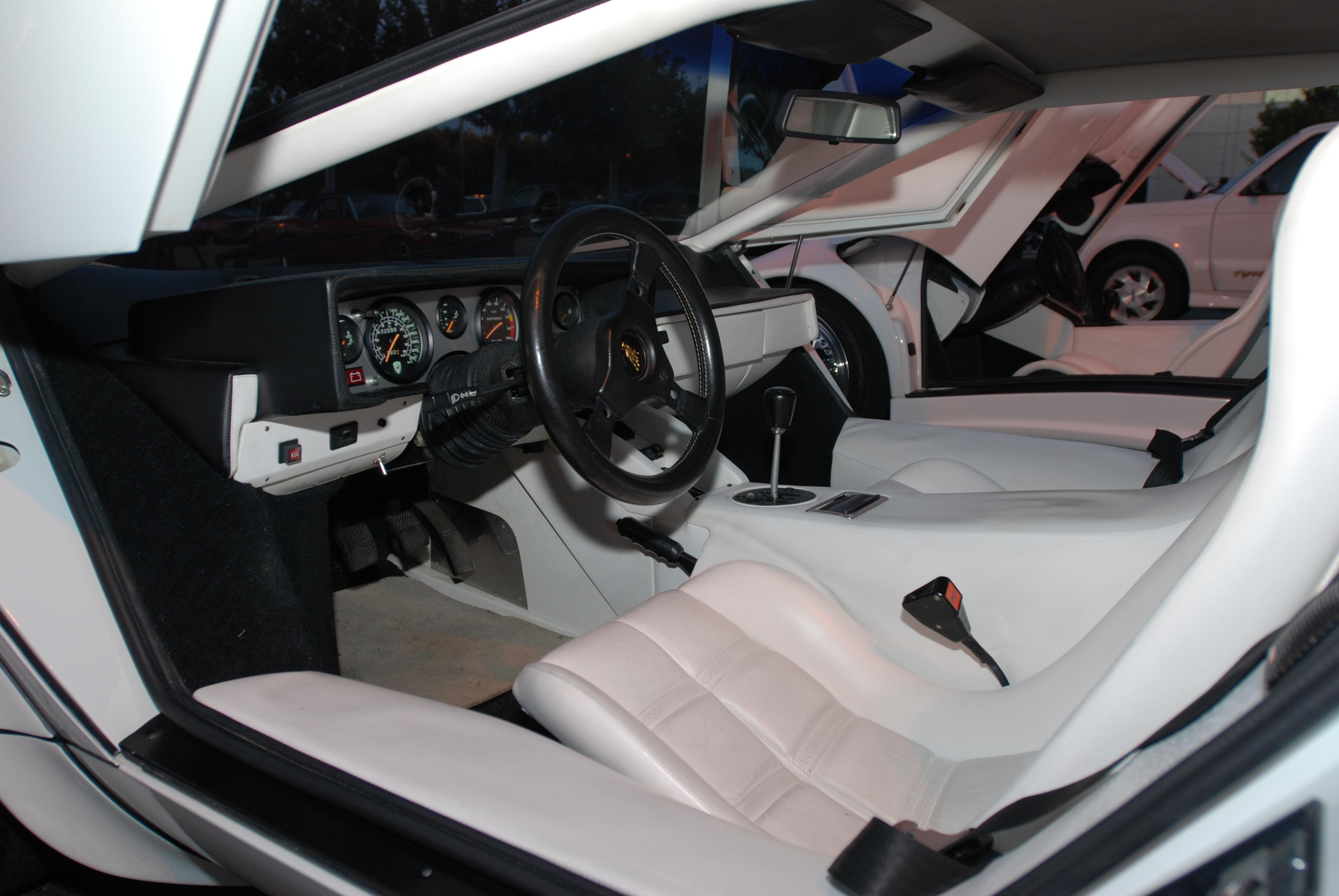 white lamborghini countach 5000 s white interior cars coffee irvine 2 18 12. Black Bedroom Furniture Sets. Home Design Ideas