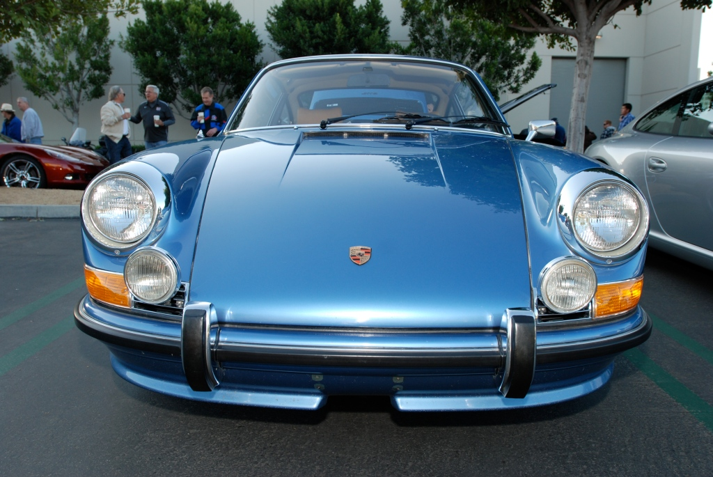 Blue metallic 1972 Porsche 911T_front hood reflections_Cars&Coffee/Irvine_3/10/12