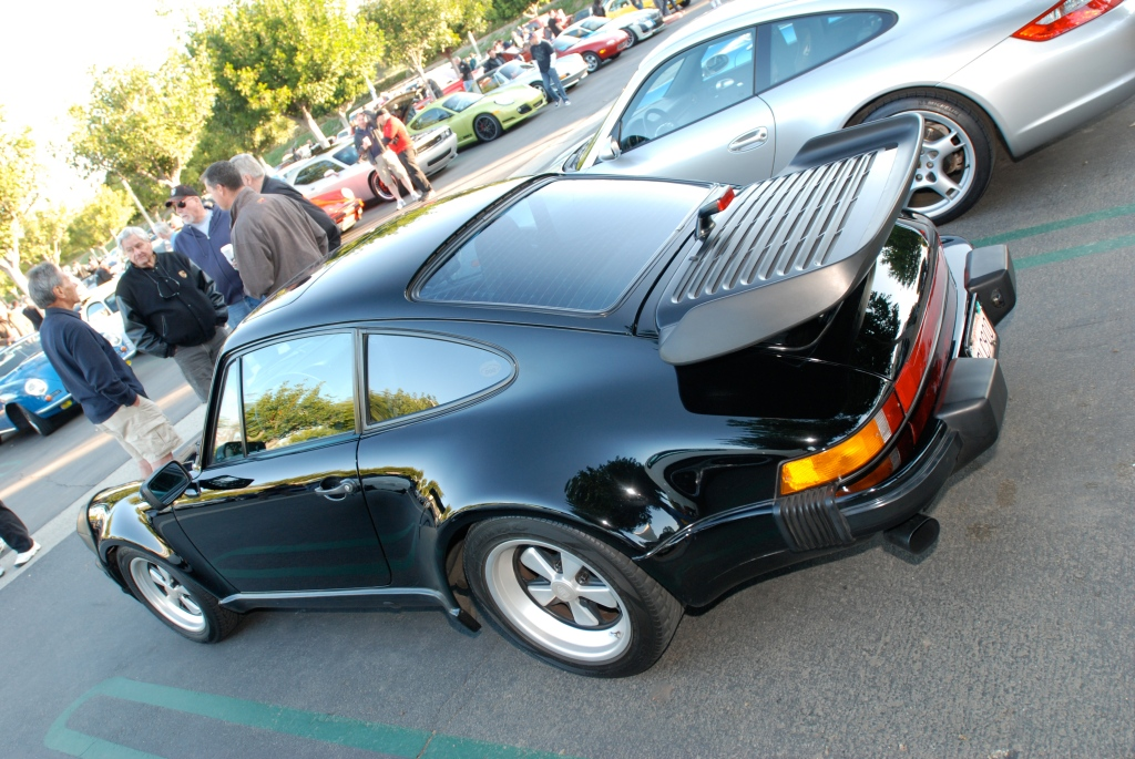 Black Porsche 930 turbo_reflections_Cars&Coffee/Irvine_3/10/12