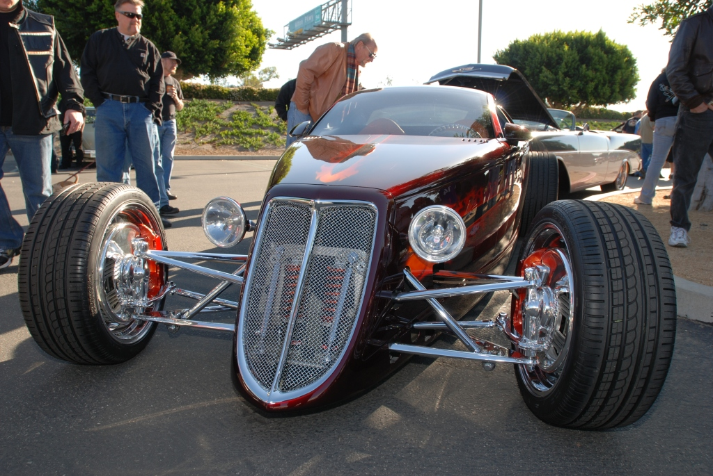 Chip Foose_HemiSFear_ front view_Cars&Coffee/Irvine_3/10/12