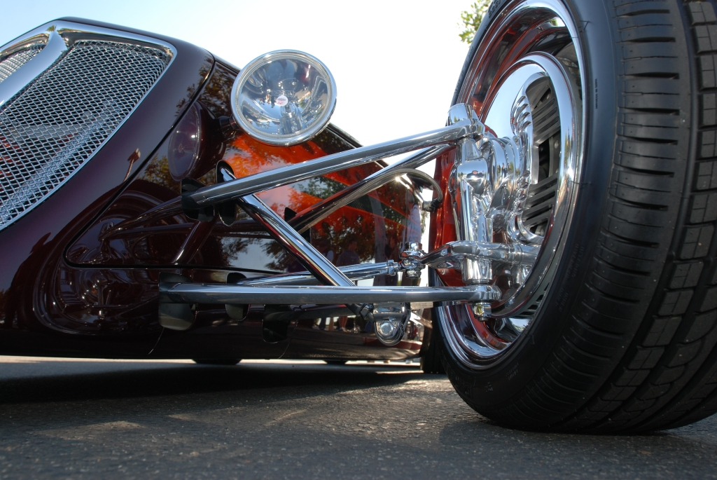 Chip Foose_HemiSFear_ front suspension detail_Cars&Coffee/Irvine_3/10/12