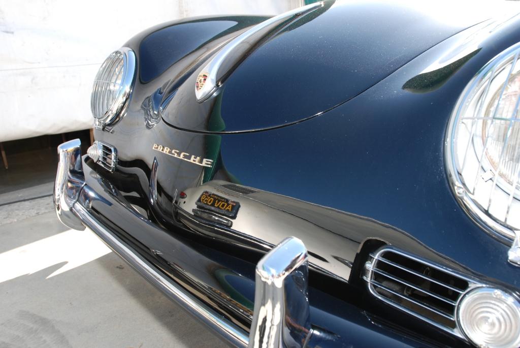 Black Porsche Speedster_hood reflection_all Porsche swap & car display_3/4/12