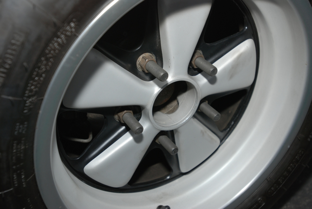 White, modified 1970's vintage Porsche 911 w/ flared fenders_fuchs wheel with long studs_Cars&Coffee/Irvine_3/31/12
