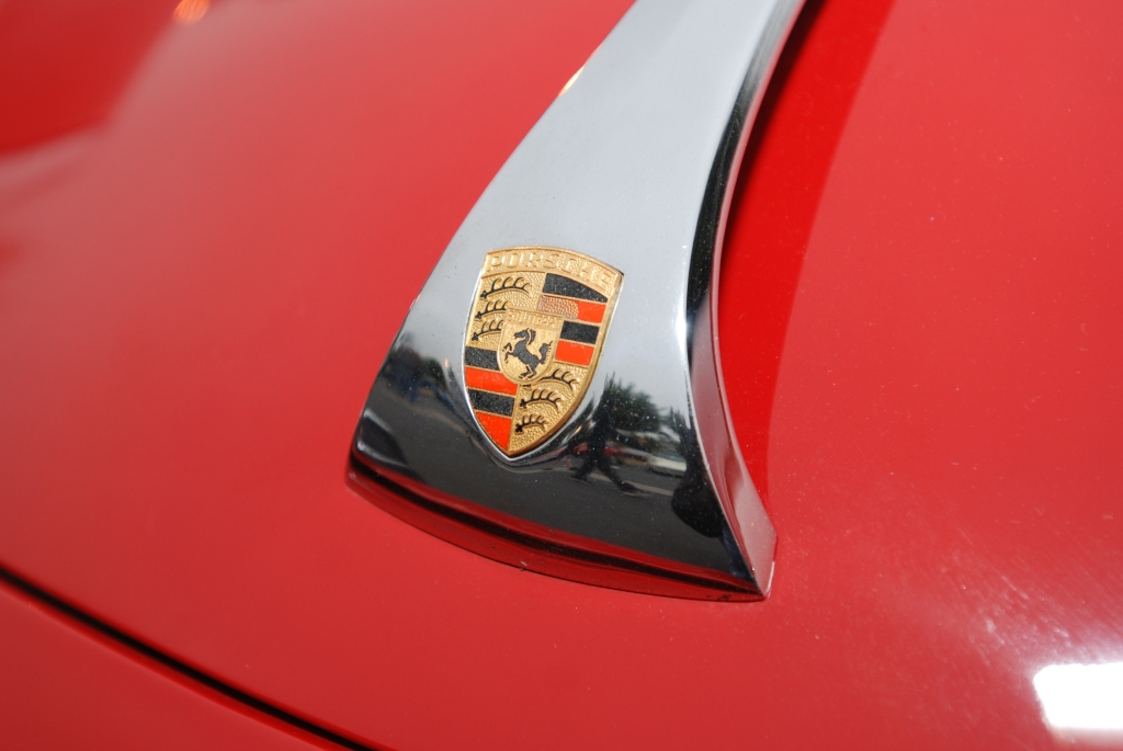 Red Porsche 356 hood emblem_reflections_Cars&Coffee/Irvine_3/31/12