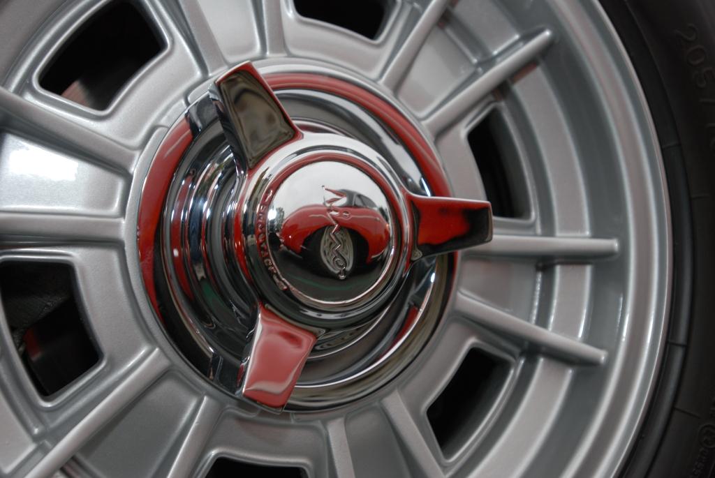 356 speedster w/ black hard top option_reflection in Ferrari knock off wheel_Cars&Coffee/Irvine_3/31/12