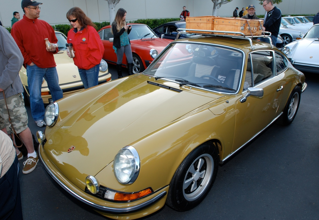 1973 Porsche 911E with roof rack & luggage_F.A. Porsche Tribute_Cars&Coffee/Irvine_4/7/12