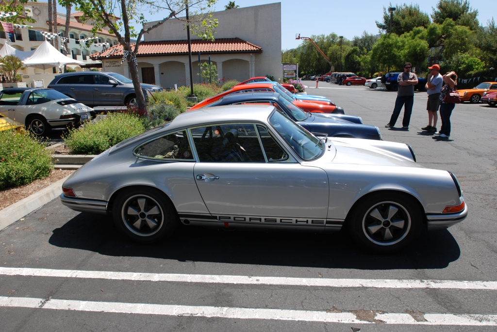 Silver 1968 Porsche 911L _side view_RGruppe Solvang Treffen _May 5, 2012