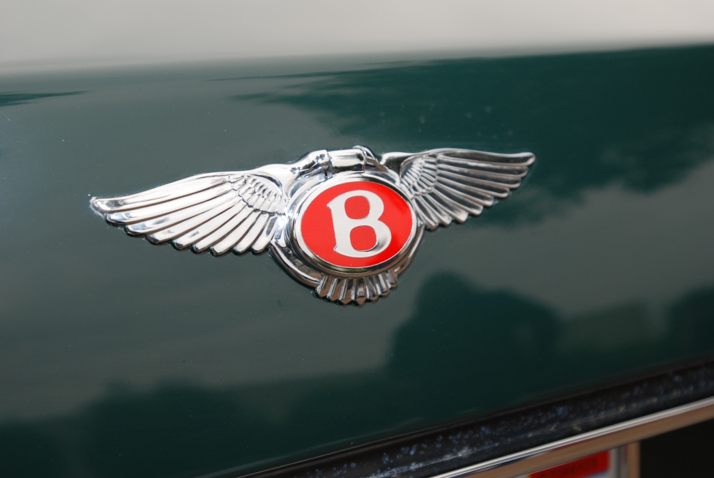 Contemporary Bentley trunk emblem_Cars&Coffee_5/28/12