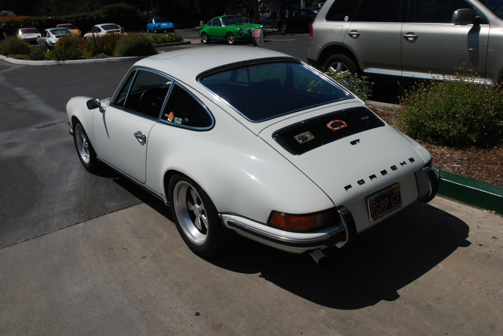 White 1972 911GT_3/4 rear view_RGruppe Solvang Treffen _May 5, 2012