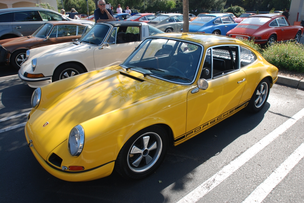 Yellow 1967 911R clone_3/4 front view_RGruppe Solvang Treffen _May 5, 2012