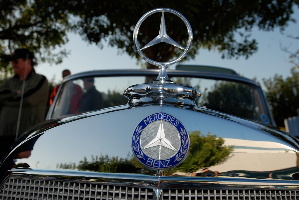 Classic Mercedes Benz convertible_grill detail_Cars&Coffee/Irvine_April 28, 2012