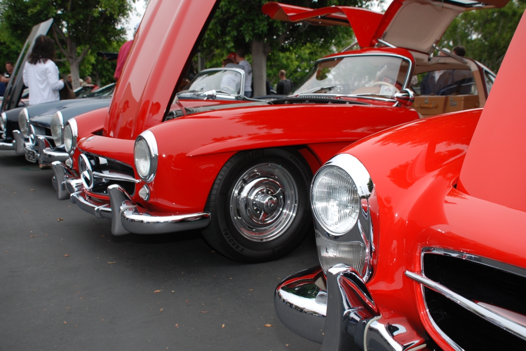 Red Mercedes Benz 300SL Gullwing coupe_3/4 front view  with rudge knock-off wheels_Cars&Coffee_June 2, 2012