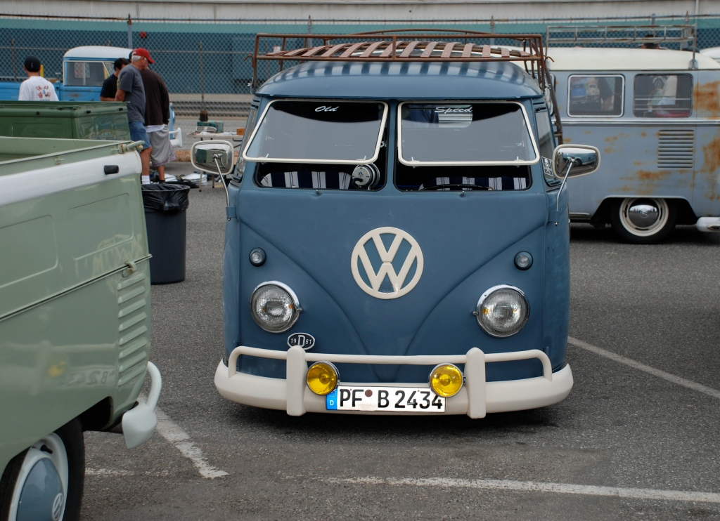 VW type II transporter  _Dove Blue with yellow fog lights_ front view_The 2012 O.C.T.O  show_June 9, 2012