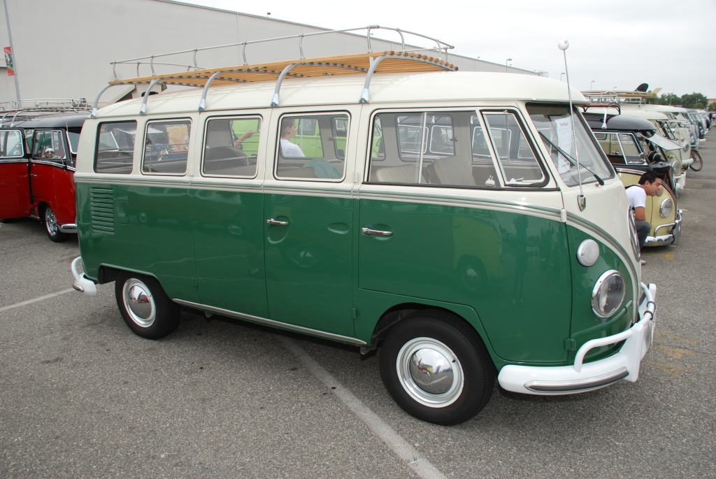 1967 13 window deluxe bus_green & white for sale_The 2012 O.C.T.O  show_June 9, 2012