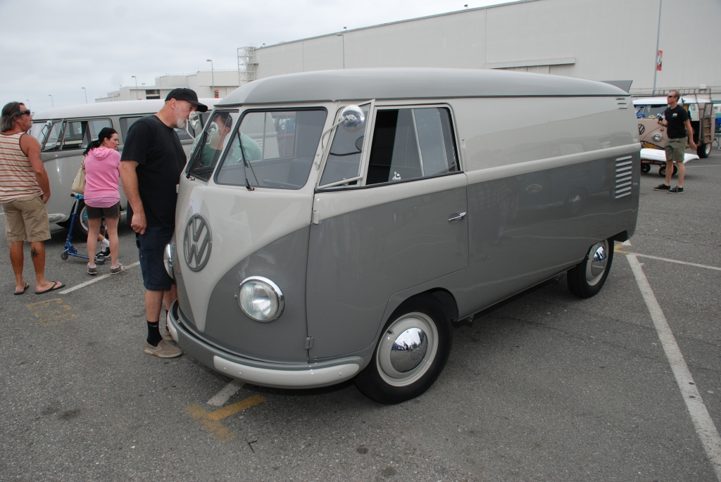 VW type II transporter  _Two- toned gray Panelvan_3/4 front view_The 2012 O.C.T.O  show_June 9, 2012