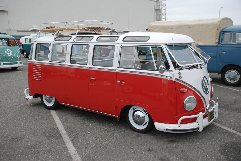 VW type II transporter  _Red & white safari windowed bus_side view_The 2012 O.C.T.O  show_June 9, 2012