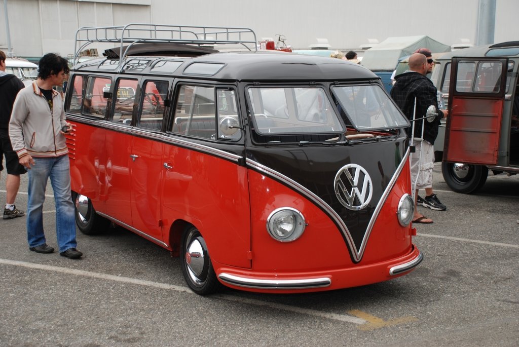 VW type II transporter _Barndoor display _red & black lowered bus, 3/4 side view_The 2012 O.C.T.O  show_June 9, 2012