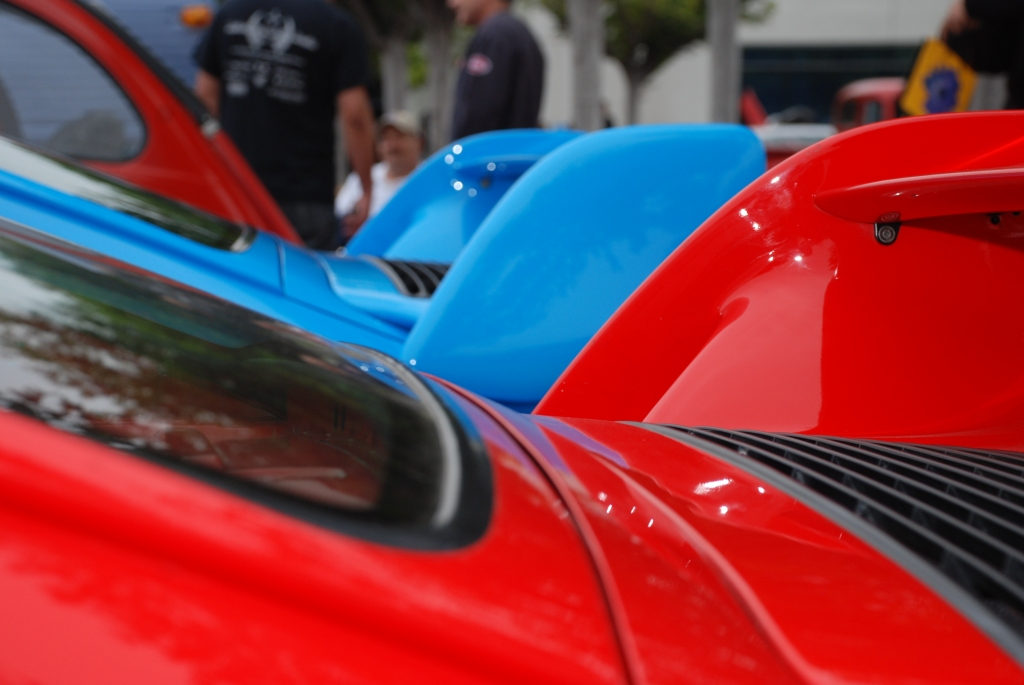 A pair of Porsche 993 Carrera RS _rear wing silhouettes_Cars&Coffee/Irvine_June 16, 2012