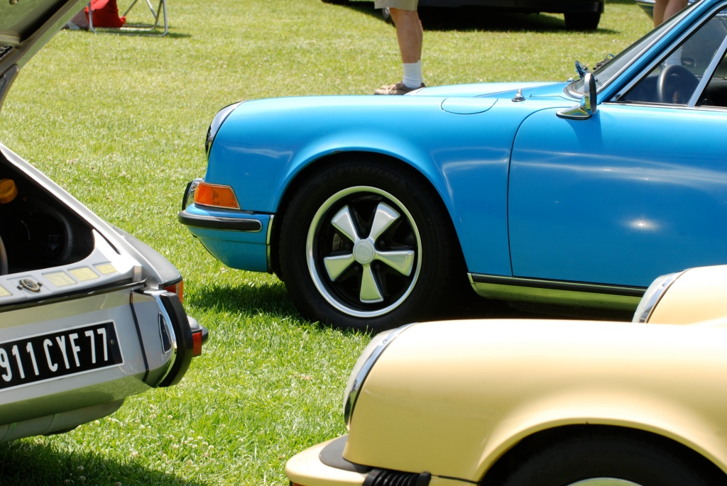 356 Registry_ group shot / Blue, Silver and cream colored Porsche 911s _Dana Point concours _July 15, 2012