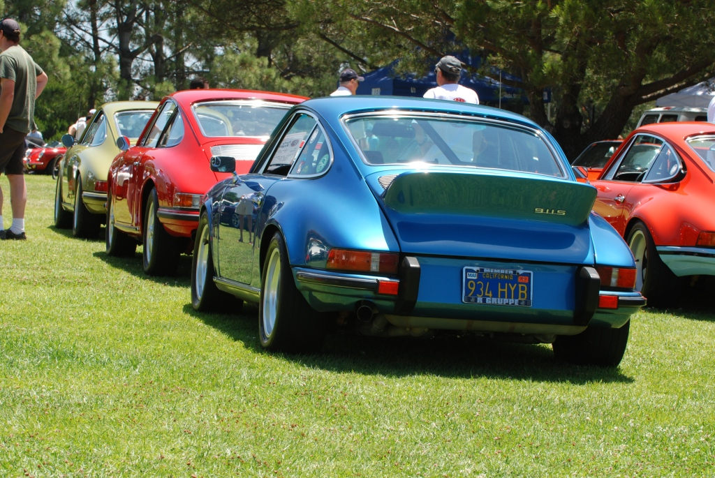 356 Registry_ Porsche 911 rows_Blue 1973 911S _Dana Point concours _July 15, 2012