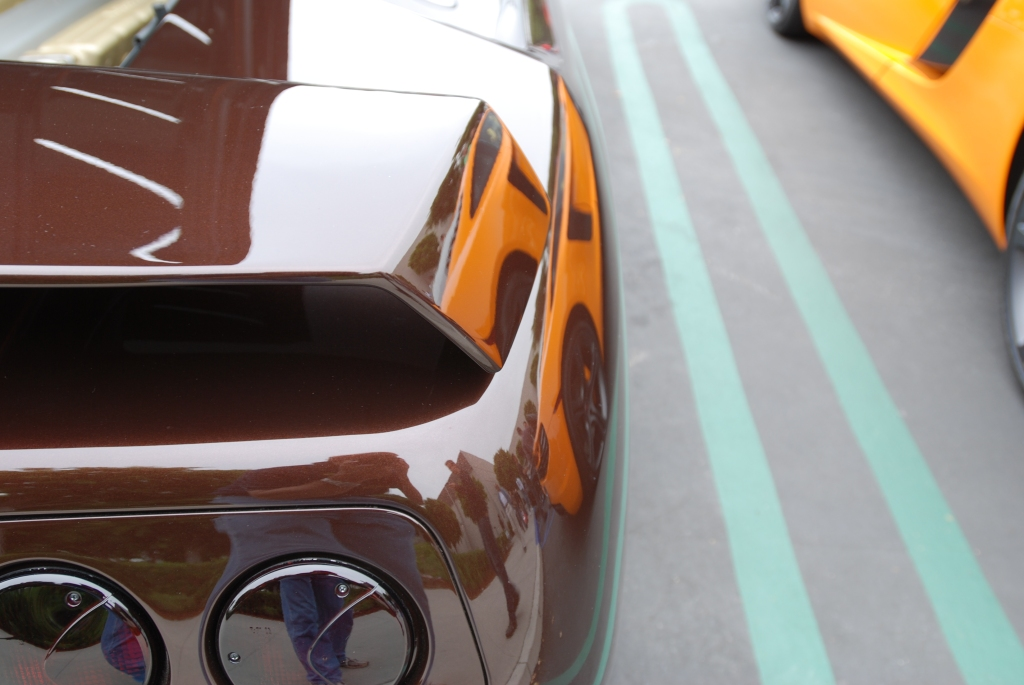 Lamborghini Diablo_with McLaren MP4-12C reflections_Cars&Coffee/Irvine_June 23, 2012