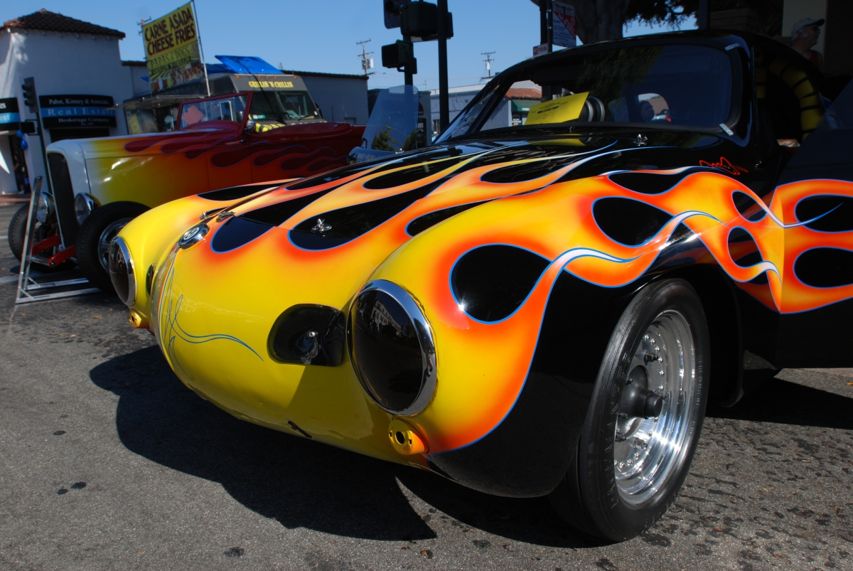 annual uptown whittier car show cool cars displayed  heat wave conditions