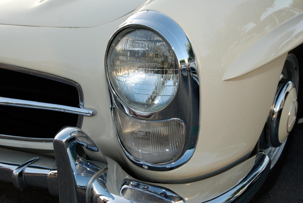 Ivory 1960 Mercedes Benz 300SL roadster_headlight detail_Cars&Coffee/Irvine_July 28, 2012
