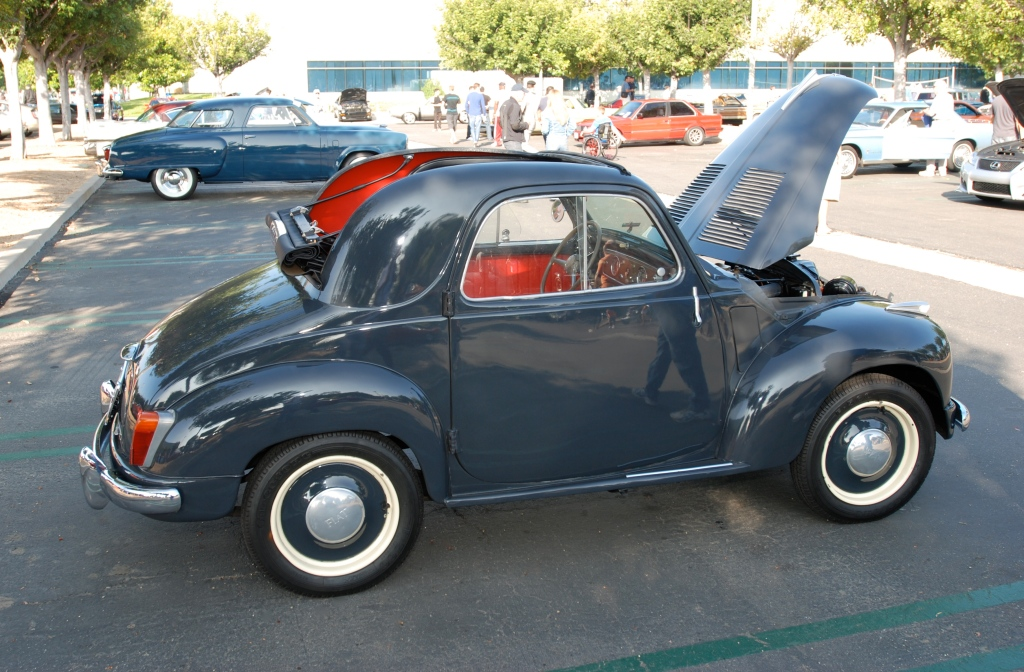 Gray 1953 Fiat 500 Topolino_side view_Cars&Coffee / Irvine_July 28, 2012