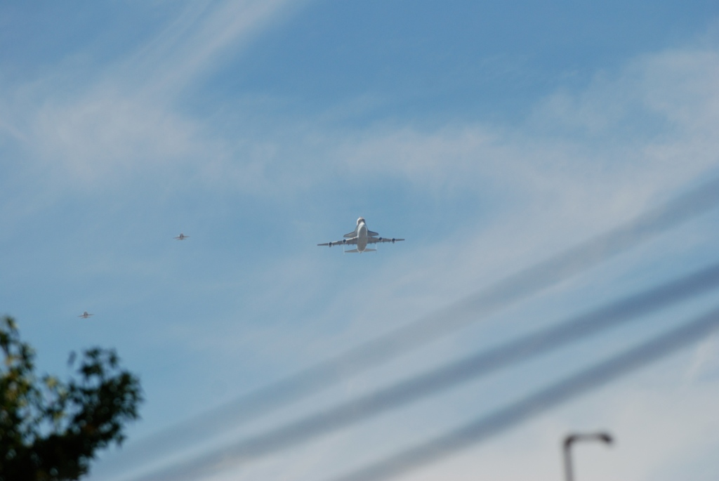 Space shuttle Endeavour's final flight_approach to South Pasadena, CA._photo 2_Friday September 21, 2012