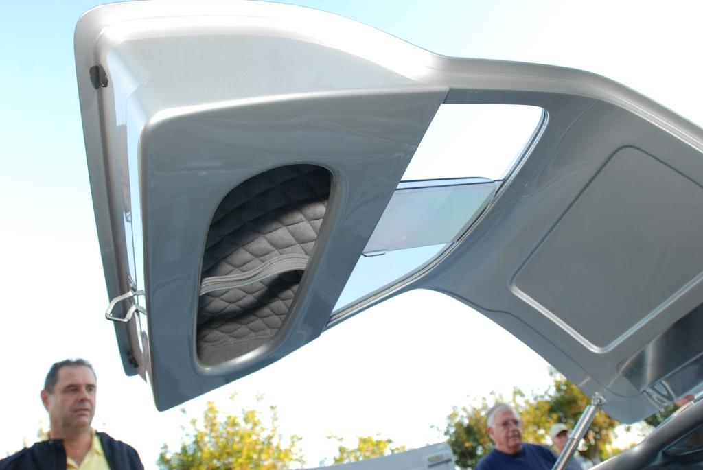 silver Vintech P-550 tribute_gullwing door detail_Cars&Coffee/Irvine_September 1, 2012