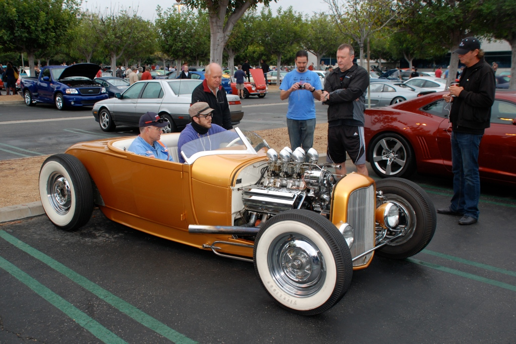 Gold hot rod with Chrysler Fire Power V8_3/4 front view_Cars&Coffee_October 20, 2012